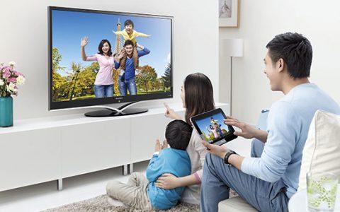 换个方式解析该买智能电视还是普通电视+盒子?