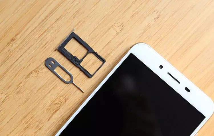 iPhone 用户:双卡双待只是个梦